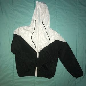 🖤 3 FOR 20 🖤  NWOT Women's Windbreaker